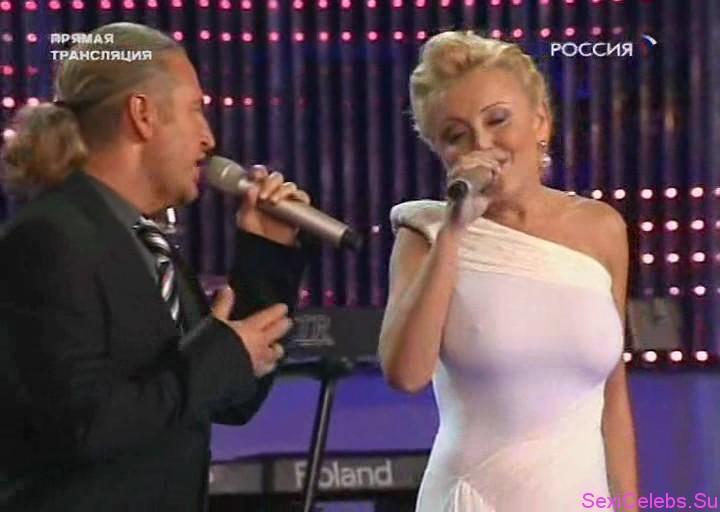 eroticheskiy-klip-s-anzhelikoy-varum