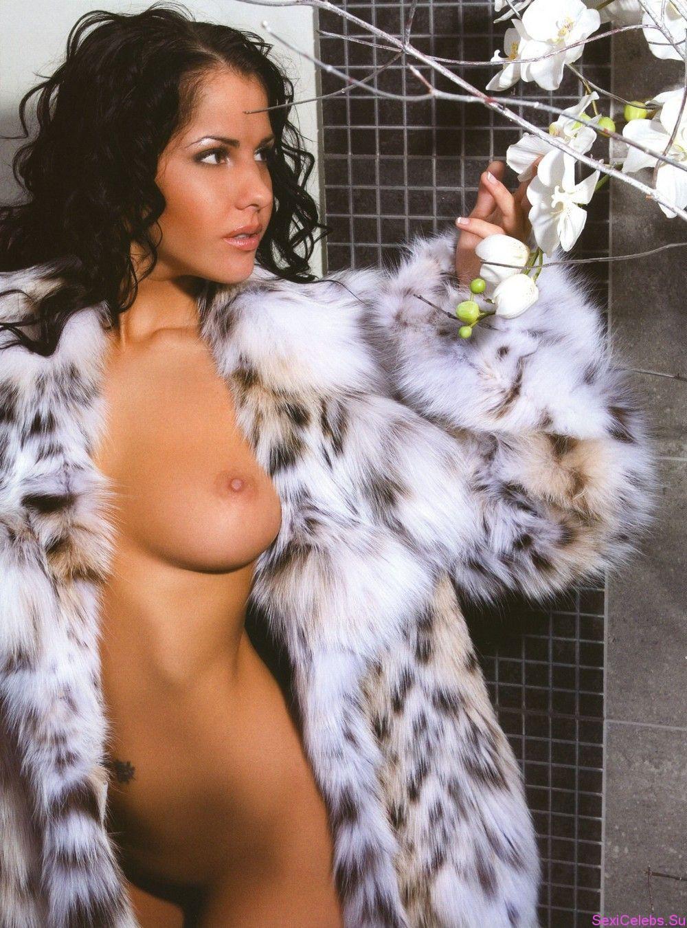 Голая Елена Беркова в журналах, на сцене и фото из