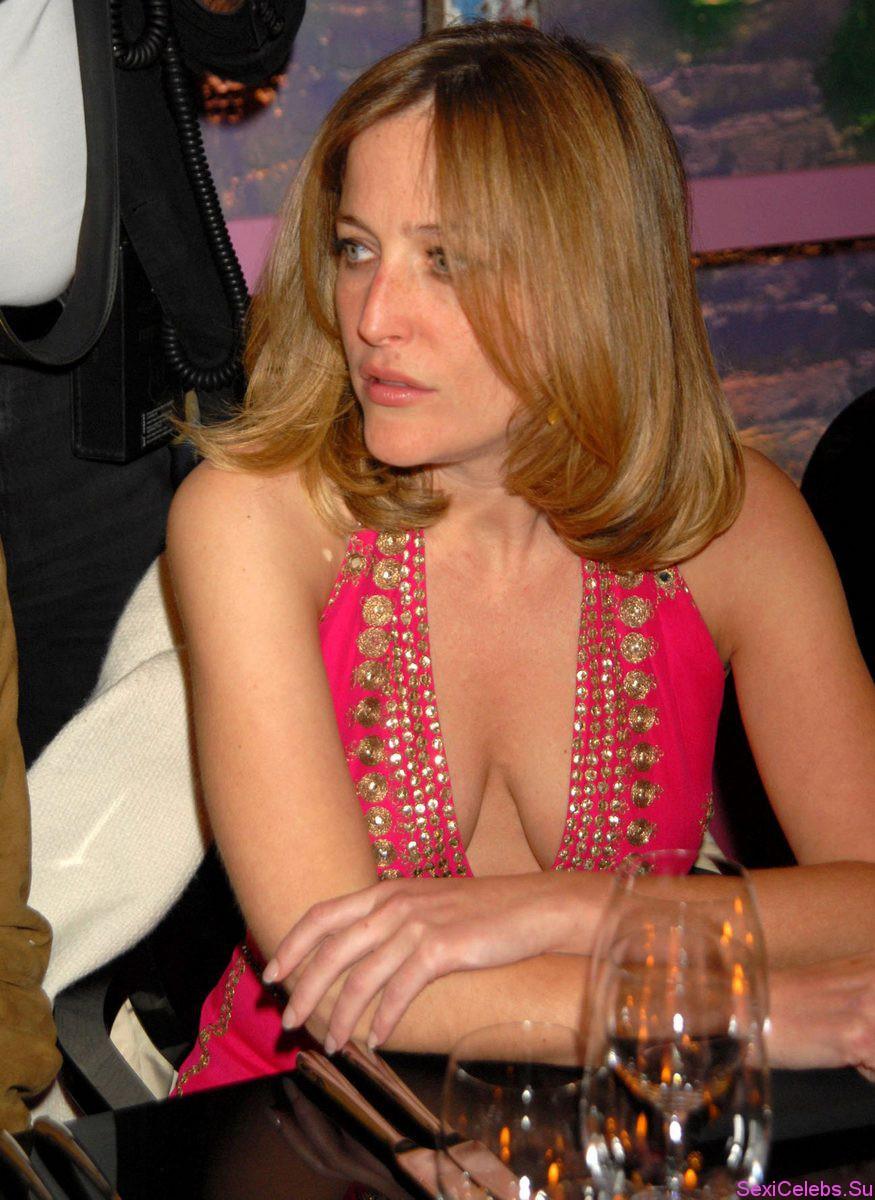 Ализе Alizee голая на фото и видео с концертов